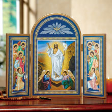 Christ Victorious Triptych, 11 high